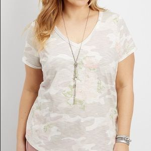 Maurices camo floral short sleeve t-shirt